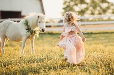 Anika Colombo Photography unicorn session in Richmond VA